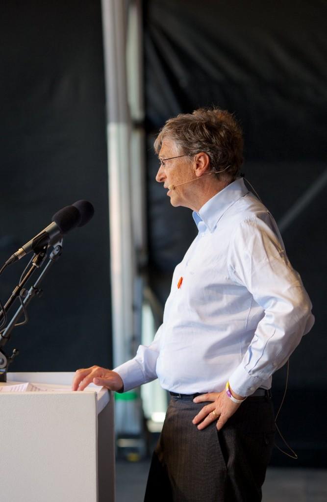Bill-Gates-1-834x1280-667x1024